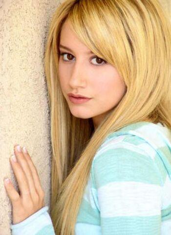 File:Ashley-tisdale-4.jpg