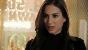 Pretty-little-liars-2x04-blind-dates-spencer-hastings-cap