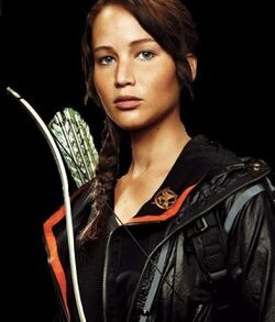 Jennifer lawrence katniss everdeen the hunger games pic picture image still 2012 1-427x500