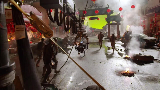 File:Behind Godzilla 2014 - 11.jpg