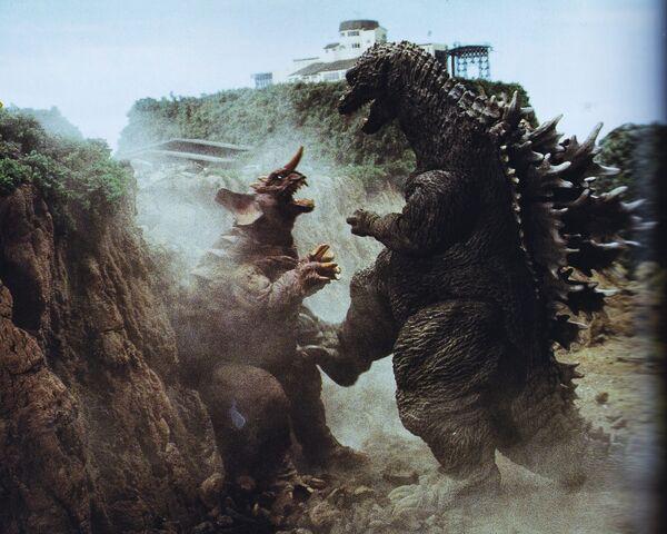 File:GMK - Godzilla Kicking Baragon.jpg