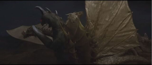 File:Ghidorah accidently falls on Gigan.jpg