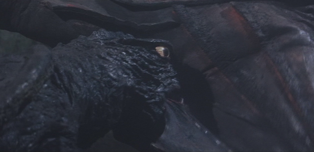 File:Gamera - 3 - vs Gyaos - 33 - Gamera bites Gyaos more.png
