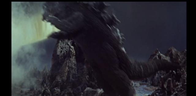 File:Godzilla jumps on Ghidorah.png