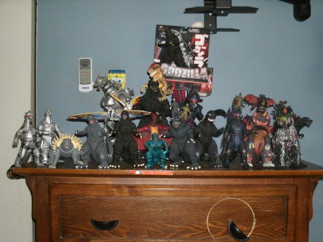 File:Titanollante Godzilla Collection 2011.jpg