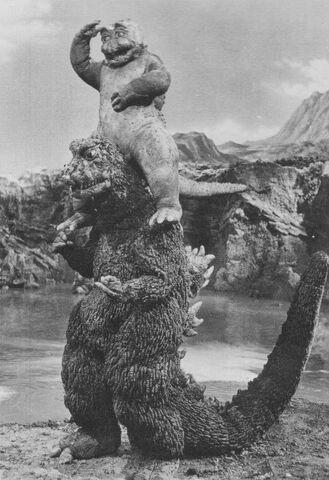 File:SOG - Minilla Sits On Top of Godzilla.jpg