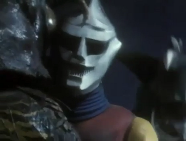 File:Godzilla vs. Megalon 7 - Gigan Is Behind Jet Jaguar.png