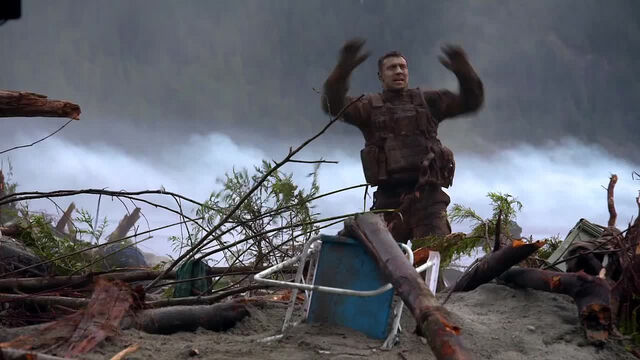 File:Behind Godzilla 2014 - 13.jpg