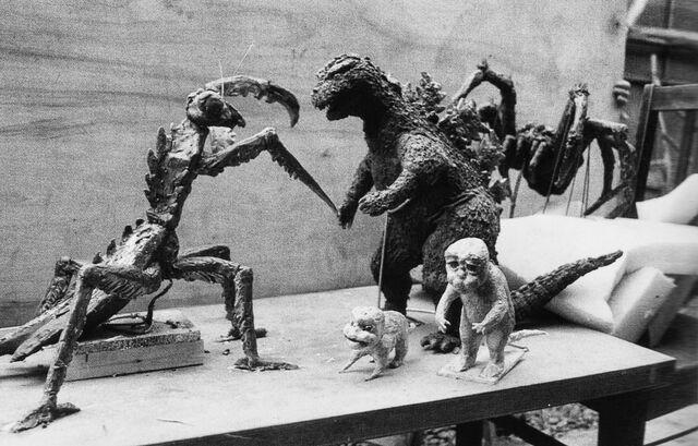 File:SOG - Statues.jpg