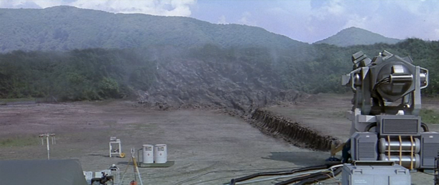 File:Godzilla vs. Megaguirus - Dimension Tide Machine.png