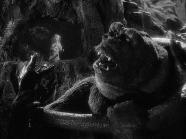 File:Kong-vs-Cave-Serpent.png