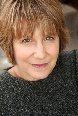 Deena Freeman - IMDb