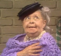 Nedra Volz as Old Lady