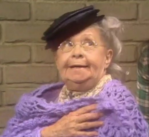 File:Nedra Volz as Old Lady.png