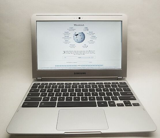 File:Chromebook.jpg