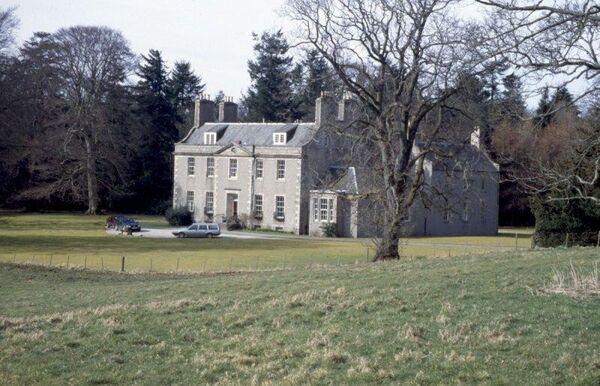 Straloch House-c