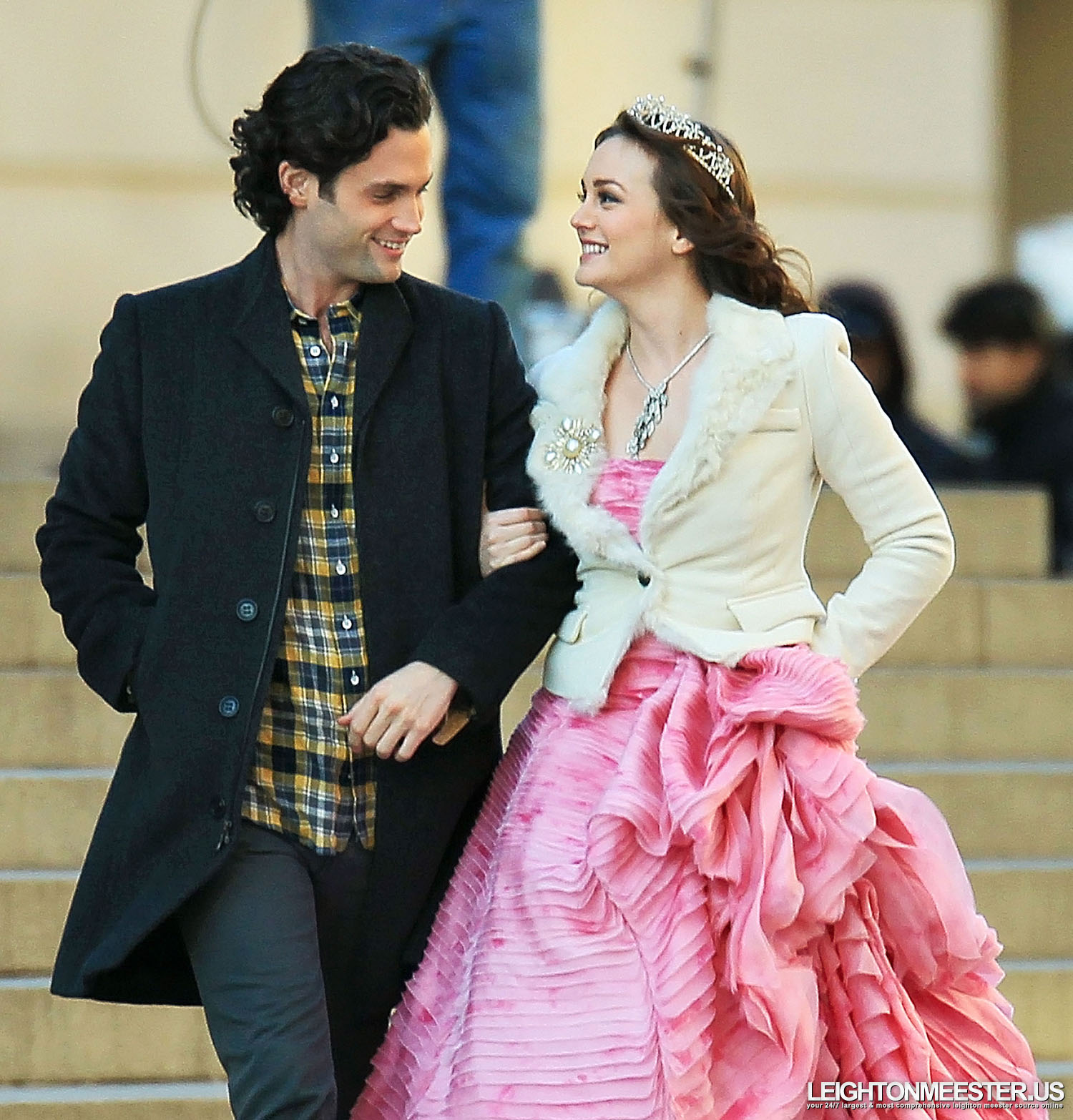 When do blair and chuck start dating gossip girl