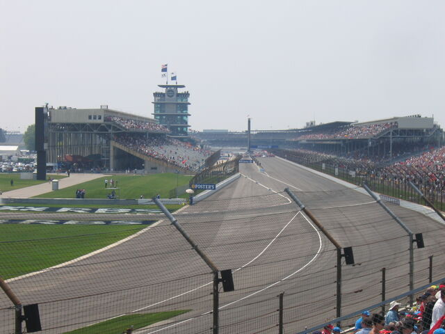 File:Indianapolis turn 1.jpg