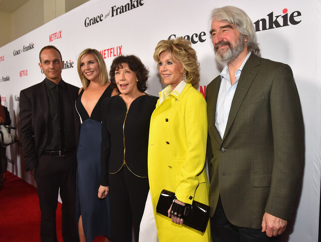 File:Grace and frankie cast.jpg