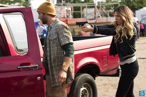 File:1x04-Paige.jpg