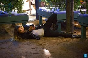 1x04-Paige2