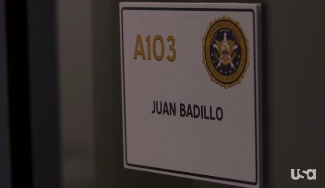 File:1x02-BadilloOffice.png