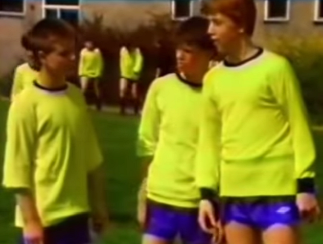 File:Grange Hill PE Kit (Series 11).png