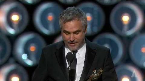 """Alfonso Cuarón winning the Oscar® for Directing """"Gravity"""""""