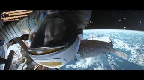 Second wave of debris while Ryan frees the Soyuz - Gravity Scene