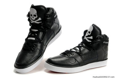 Adidas-Mid-cool-Shoes-black-white