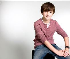 File:Chillin greyson chance.jpg