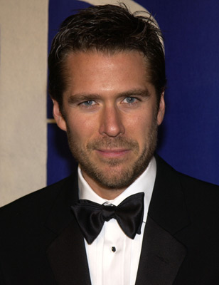 Alexis Denisof  - 2019 Dark brown hair & flirty hair style.
