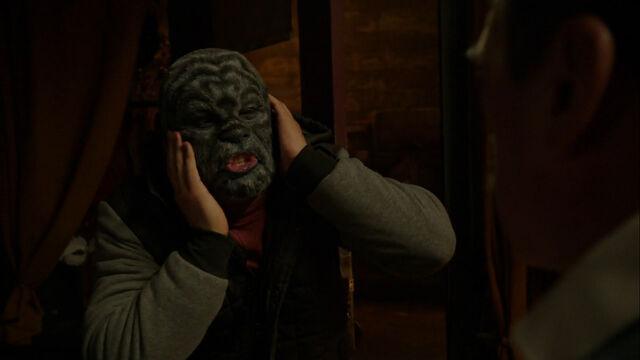 File:513-Goyo wants the mask off.jpg
