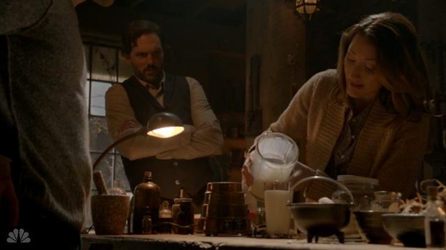 File:213-Rosalee pours potion.png