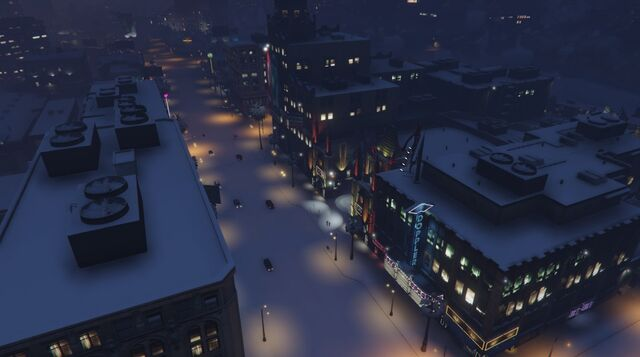 File:VinewoodBoulevard-GTAO-Snow-Night.jpg