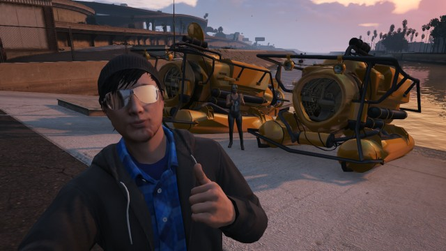 File:Character Actions GTAV Online Thumbs Up.jpg