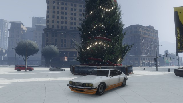 File:Pigalle Christmas.jpg