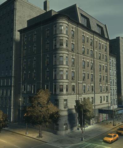 File:MiddleParkEastsafehouse-GTA4-exterior.jpg