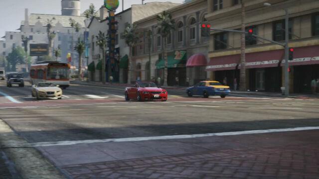 File:Gameplay1SpeedingUp-GTAV.jpg