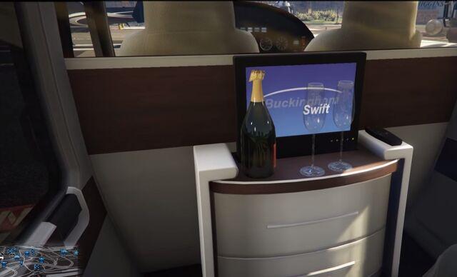 File:Swift-Deluxe-Champagne-GTAV.jpg