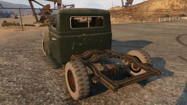 File:Rat-loader-car-rear-GTAV.png