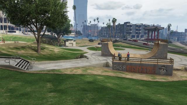 File:Decker Park GTAV Bike Skate Ramp Corner.jpg