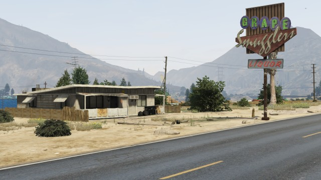 File:Grape Smugglers Liquor GTAV.jpg