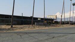 Derelict Motel GTAV Front view Sandy Shores