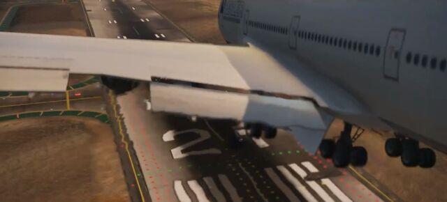 File:Landing airliner.jpg