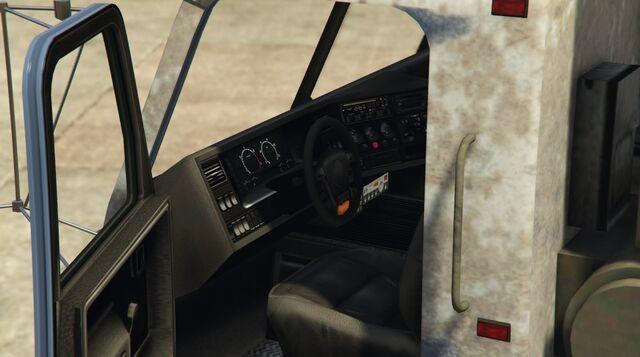 File:Trashmaster-GTAV-Inside.jpg