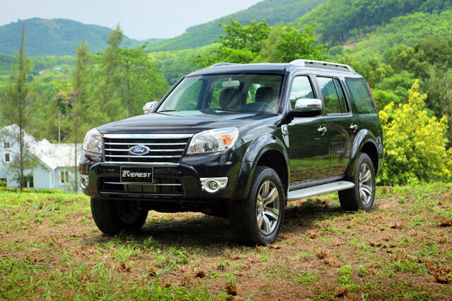 File:Ford-everest-xlt 09385.jpg