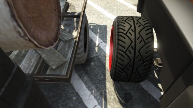 File:Rat-Truck vs Rat-Loader GTAV Wheelbase and tires.jpg