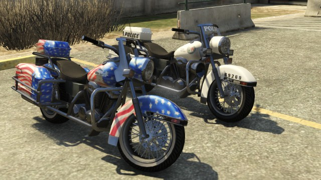 File:Soverign Police Bike GTAV Front Comparison.jpg