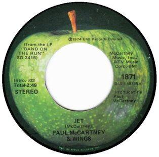Paul-mccartney-and-wings-jet-1974-23